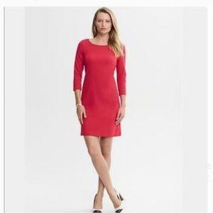 BANANA REPUBLIC Red Knit 3/4 Sleeve Shift Dress
